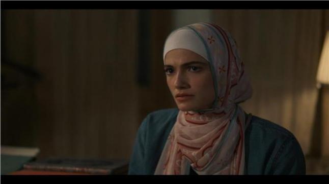 تارا عماد في حيرة بسبب قضية طليقها لها بمسلسل ضد الكسر