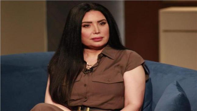 الفنانة عبير صبري تعلن سبب ذهابها إلى عيادات الطب النفسي