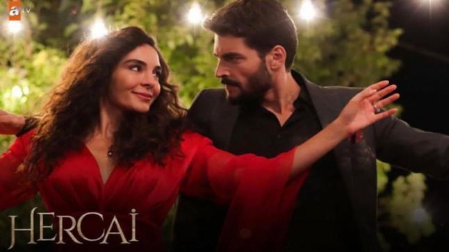 أحداث الحلقة 52 من المسلسل التركي زهرة الثالوث