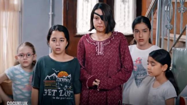الحلقة 11 من المسلسل التركي الطفولة