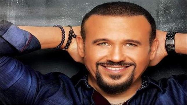 """هشام عباس يستعد لطرح فيديو كليب """"الفترة اللي فاتت"""""""